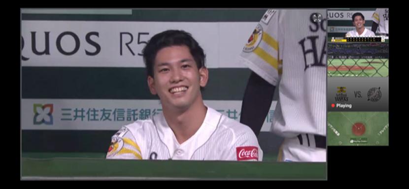ベンチで見せる栗原選手のいい笑顔!