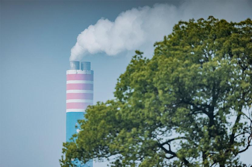 """カーボンニュートラルとは? —温室効果ガスを""""プラスマイナスゼロ""""にし脱炭素社会を目指す"""