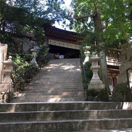 天河大弁財天社への階段の画像