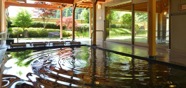 渓山閣の露天風呂