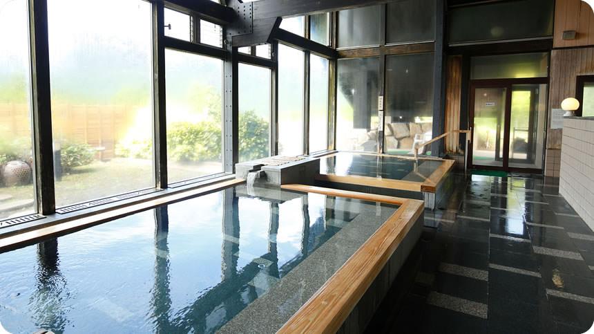 曽爾高原温泉「お亀の湯」の内湯