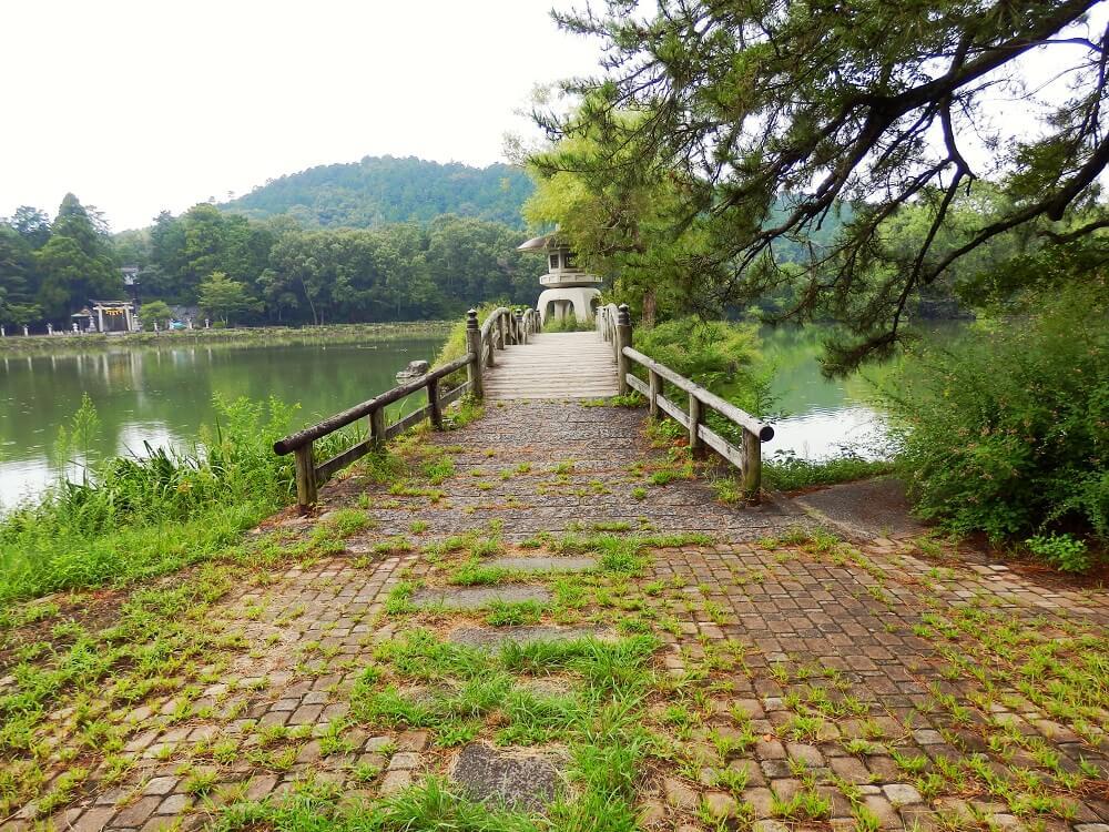 グリーンパーク山東の三島池の橋