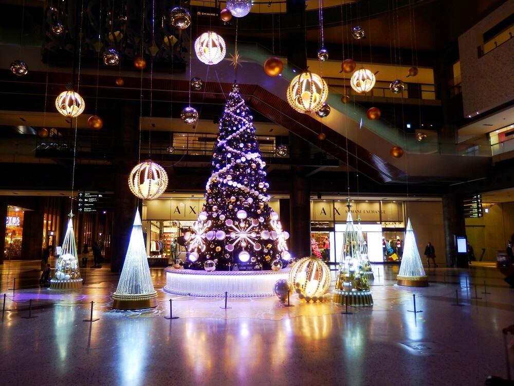 グランフロント大阪北館のクリスマスツリー