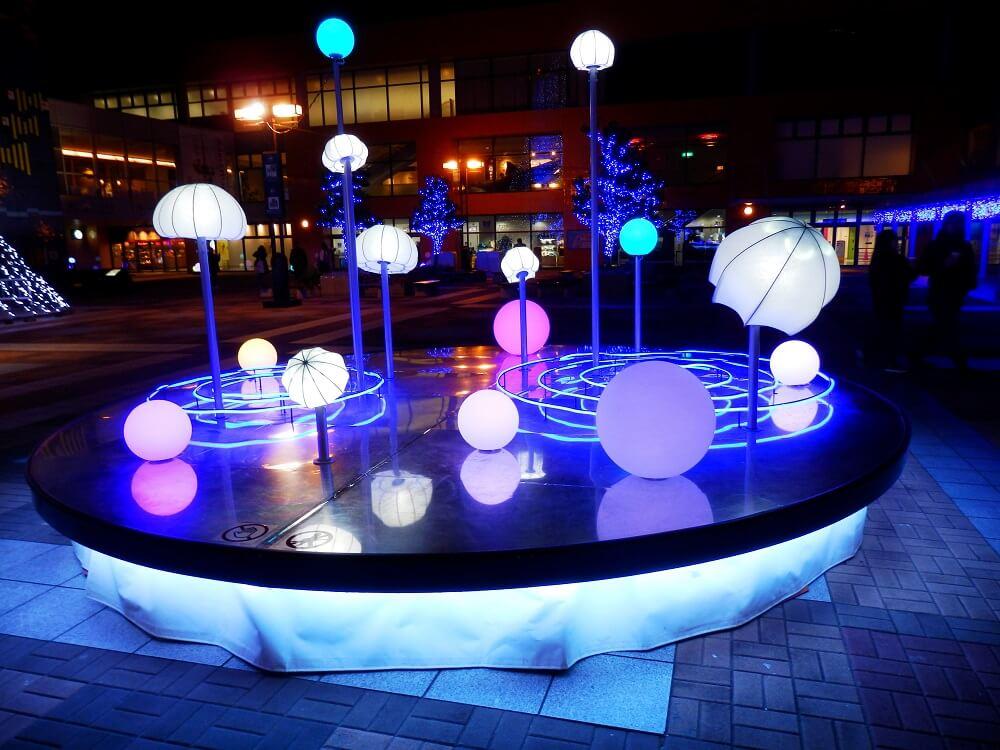 海遊館の球体をモチーフにしたクリスマスイルミネーションオブジェ