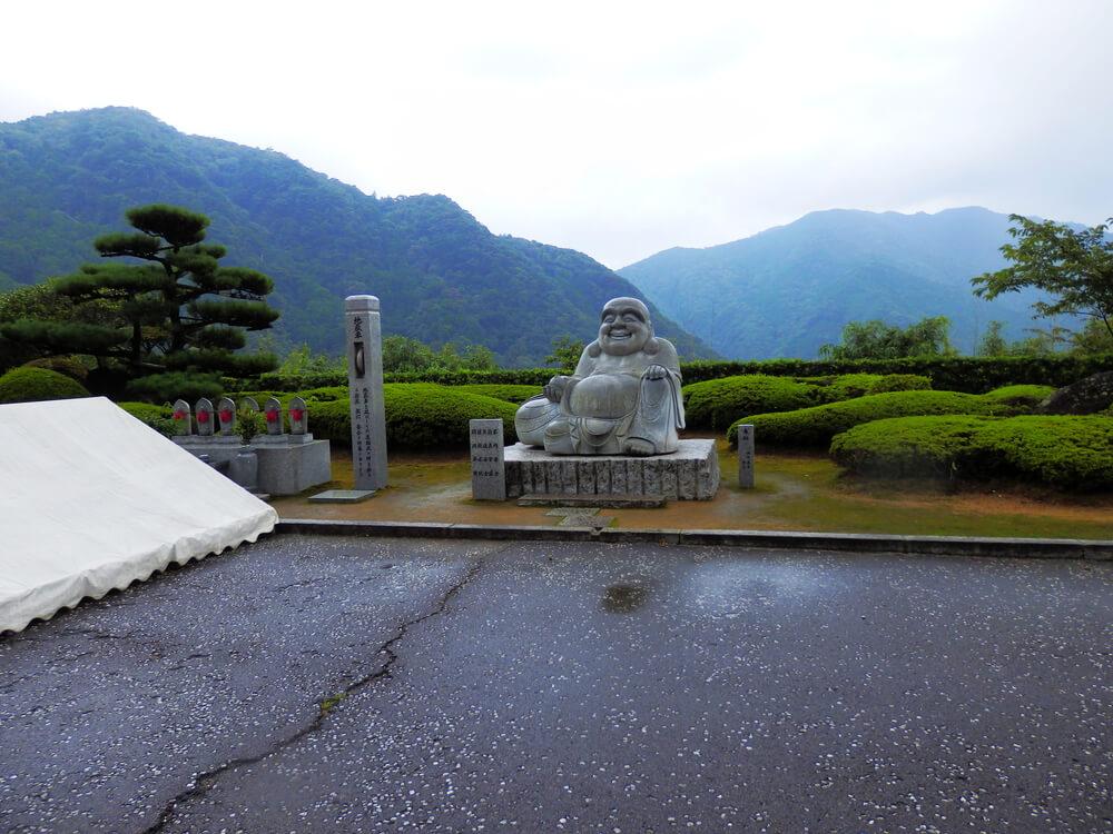 那智山青岸渡寺の地蔵車