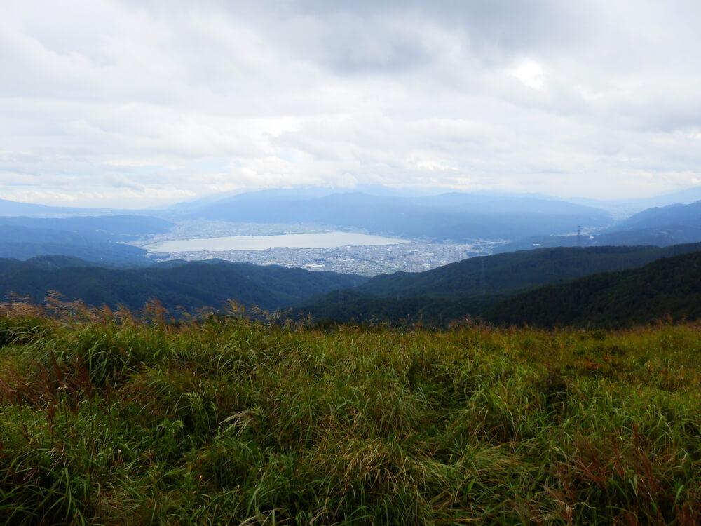 高ボッチ山頂からの諏訪市と諏訪湖の眺望