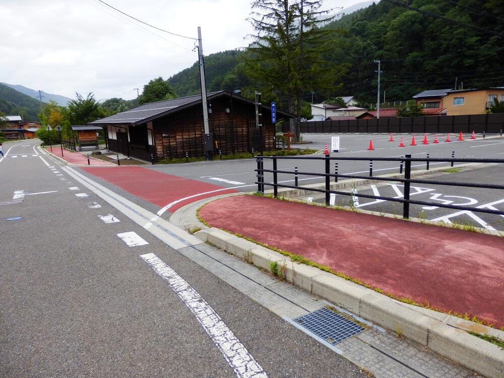 長野県塩尻市の奈良井宿の駐車場
