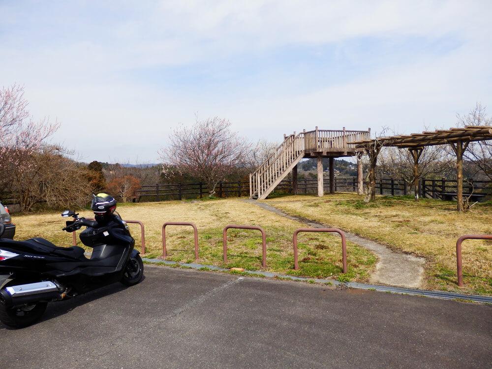 月ヶ瀬の天神風の道公園の駐車場
