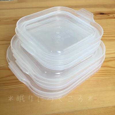 100均ダイソーガラス耐熱容器の白いフタを重ねてすっきりと収納