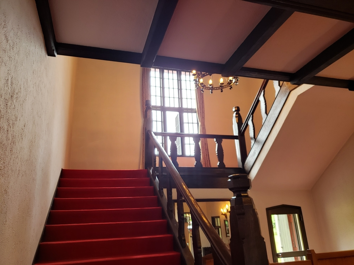知事公館階段下