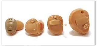 耳穴型補聴器.jpg