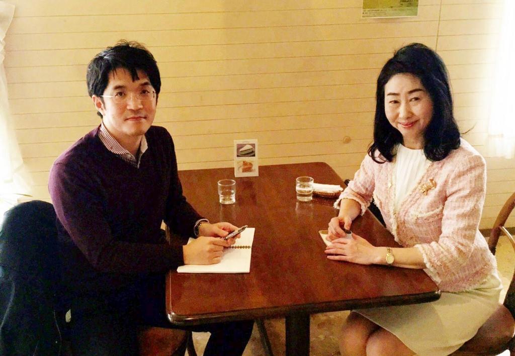 諏訪洋子会員と伊藤嘉高代表