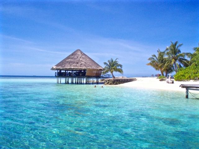 【海外旅行保険のお得な話】旅行に絶対必要なオススメ海外旅行保険ランキング