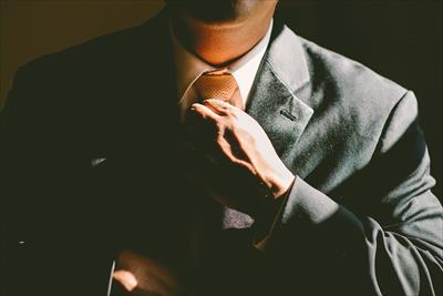 成功者の方々の習慣!お金持ちや成功者の方々が毎日同じ服を着る理由は?:www.idobata.link