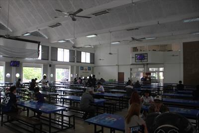 【チェンマイ大学の食堂に潜入】一般人も入れる学食は激安食堂だった
