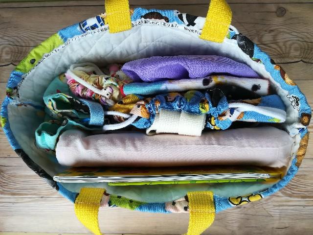 幼稚園 手作り絵本袋 荷物がしっかり入る