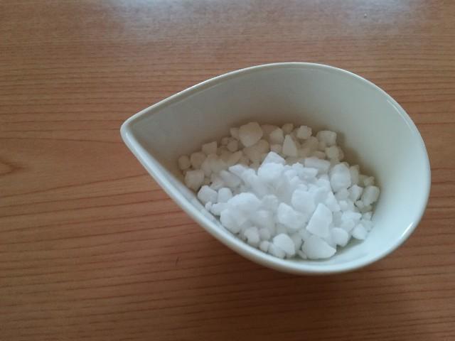 ベルギーワッフル作り ワッフルシュガー1/2量を混ぜる