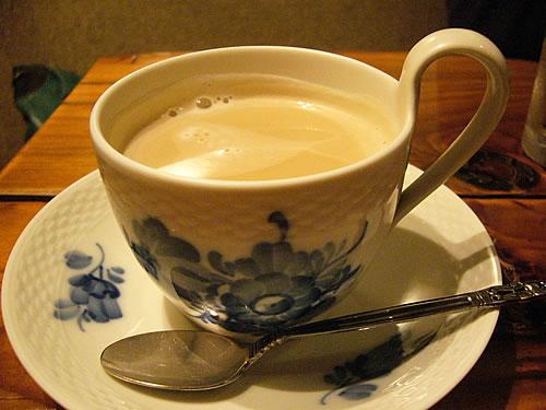 カフェドギャルソンのカフェオレ