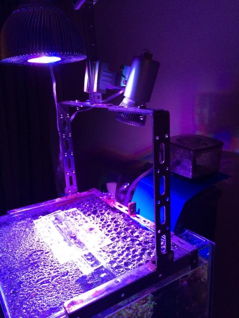 自作の水槽用ライトスタンド