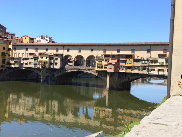 イタリア旅行の見所、フィレンツェのポンテ・ヴェッキオ橋