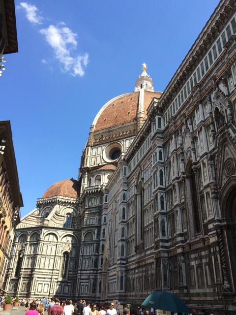 イタリア旅行の見所、フィレンツェのシンボル サンタ・マリア・デル・フォーレ大聖堂