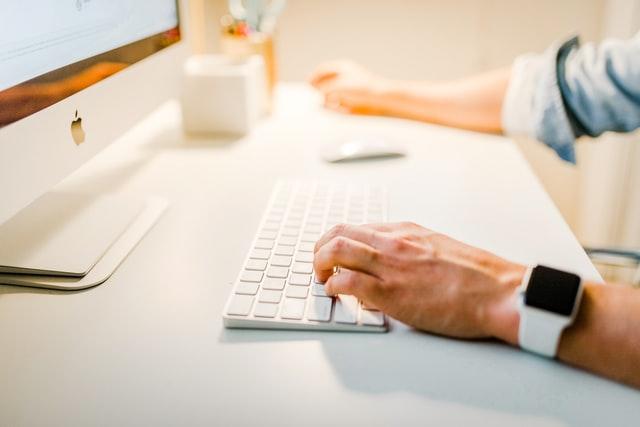 Webデザイナーに転職!30代が独学して仕事ができるようになる期間の目安