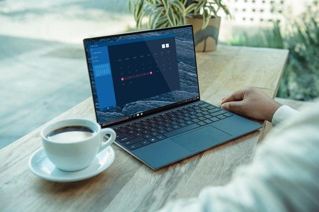 Webデザイナーに転職したい30代が独学で勉強するメリットとデメリット