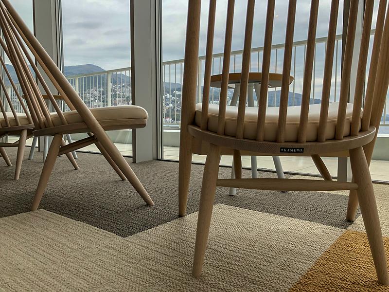 スパ〈Fuua フーア〉で使われる柏木工の椅子