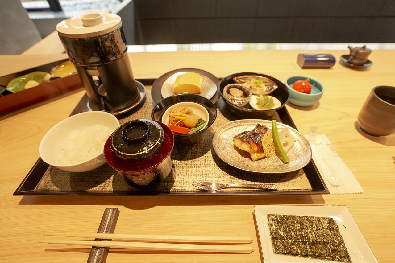 KIZAHASHI(きざはし)の朝食お膳