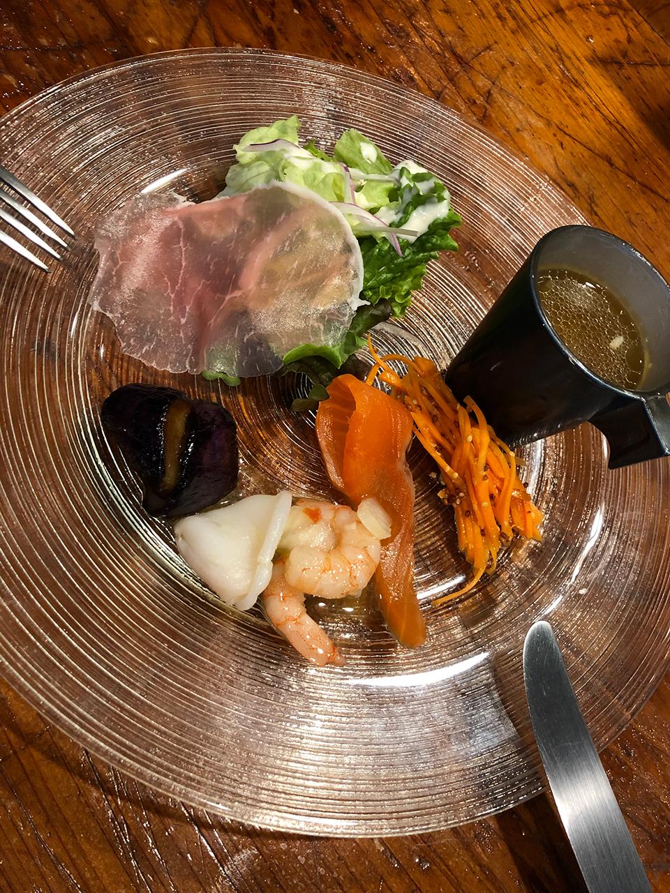 小田原ダイニング ニコのランチ前菜
