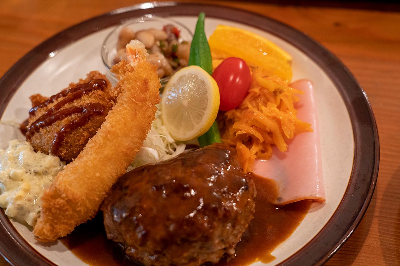 高野の町洋食〈まるさか洋食堂〉ランチ