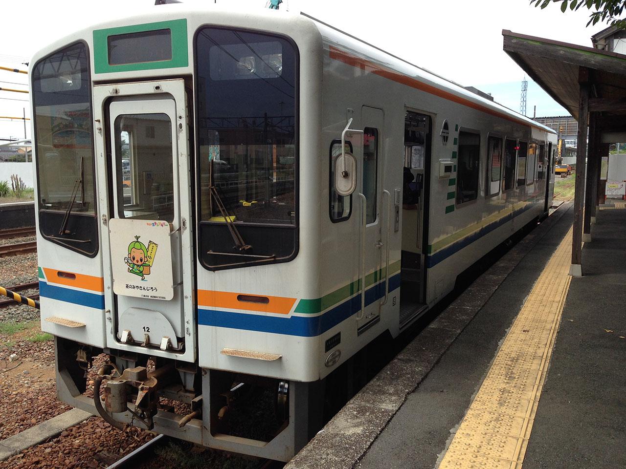 佐久米駅まで、ぶらり単線の旅