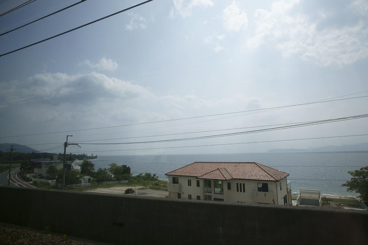 湖西線から見た琵琶湖