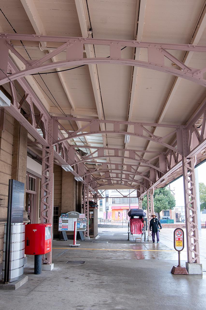 門司港駅の庇