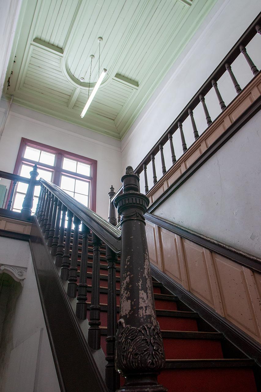 門司港駅舎内階段