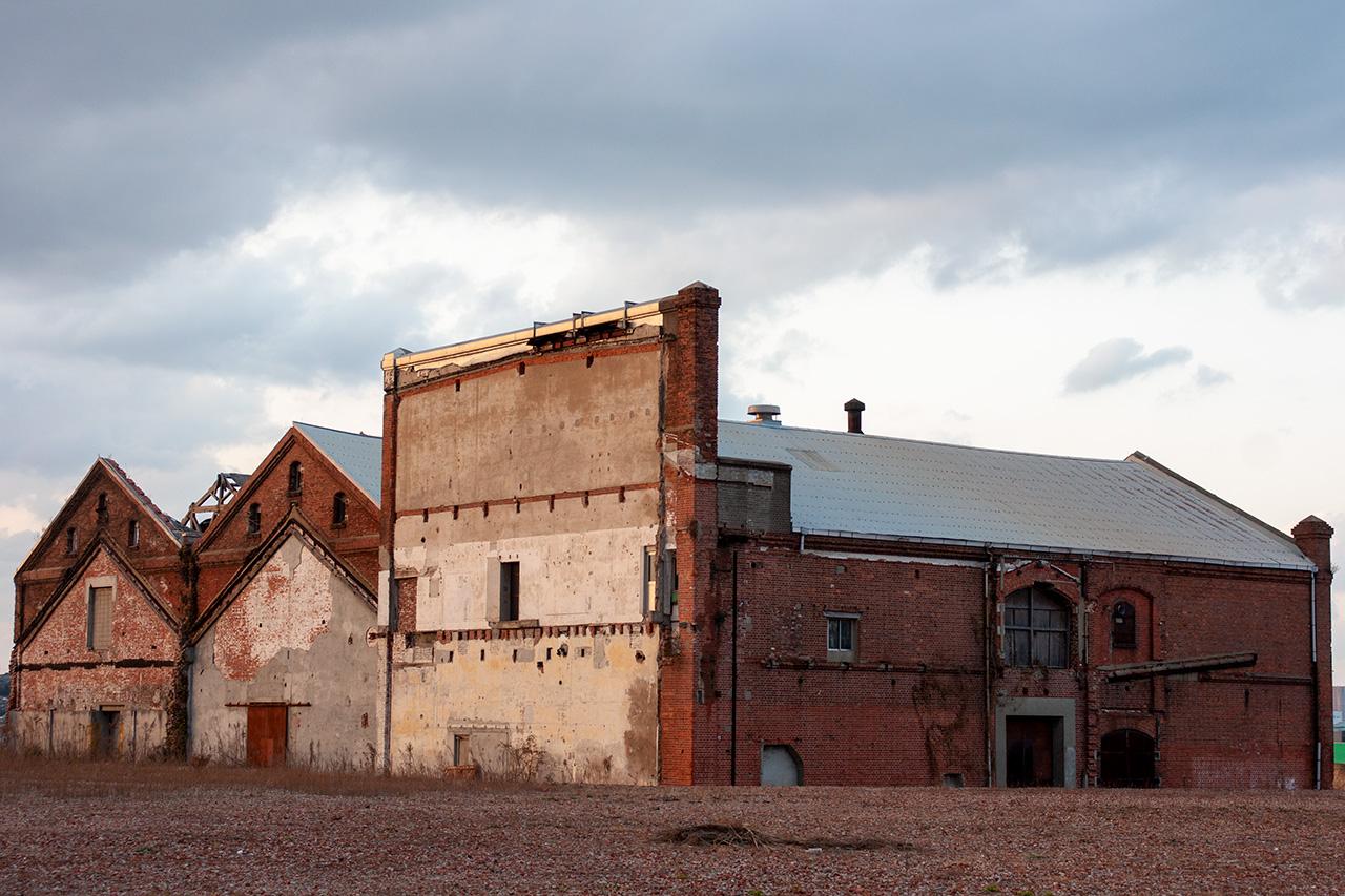 大里本町一丁目の赤レンガ倉庫遺構