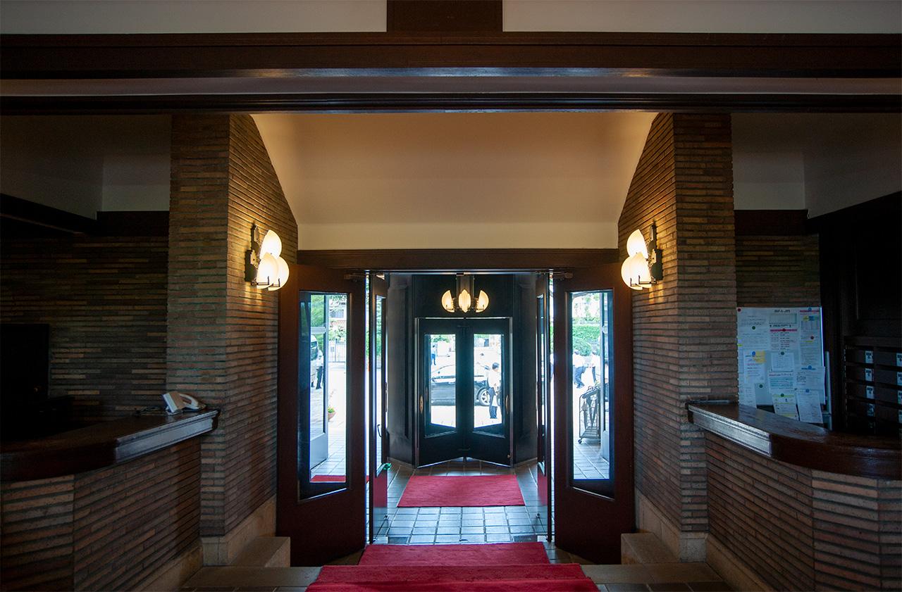 甲子園会館(旧甲子園ホテル)ロビー