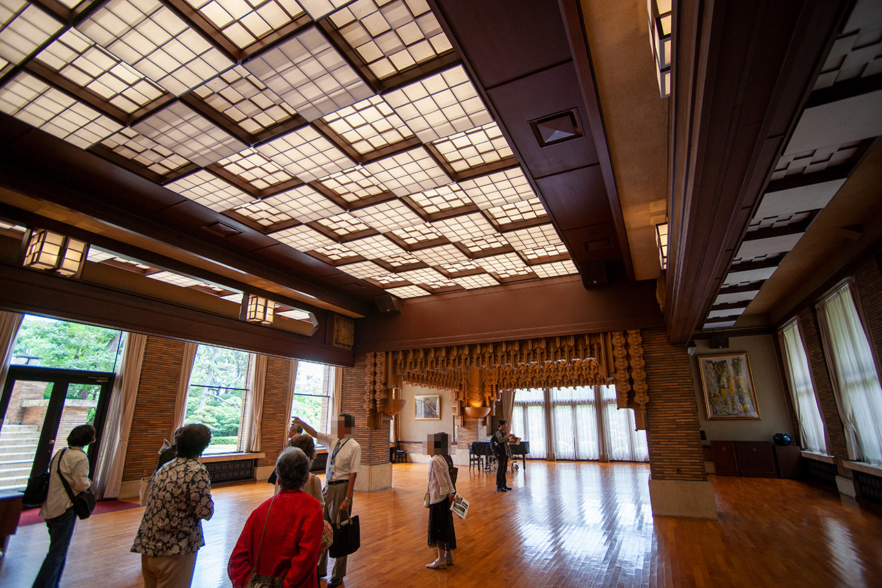 甲子園会館西ホール