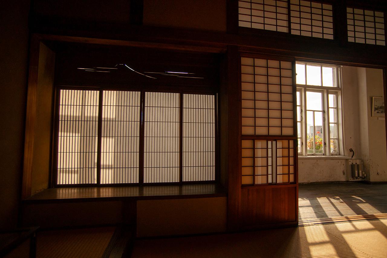旧秋田商会内部