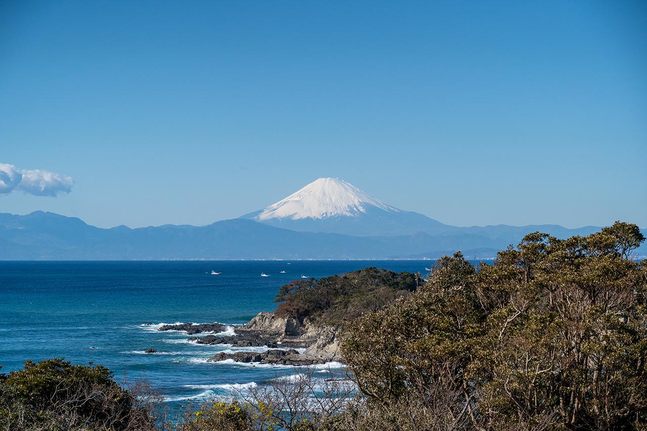 〈ソレイユの丘〉からの富士山の眺め