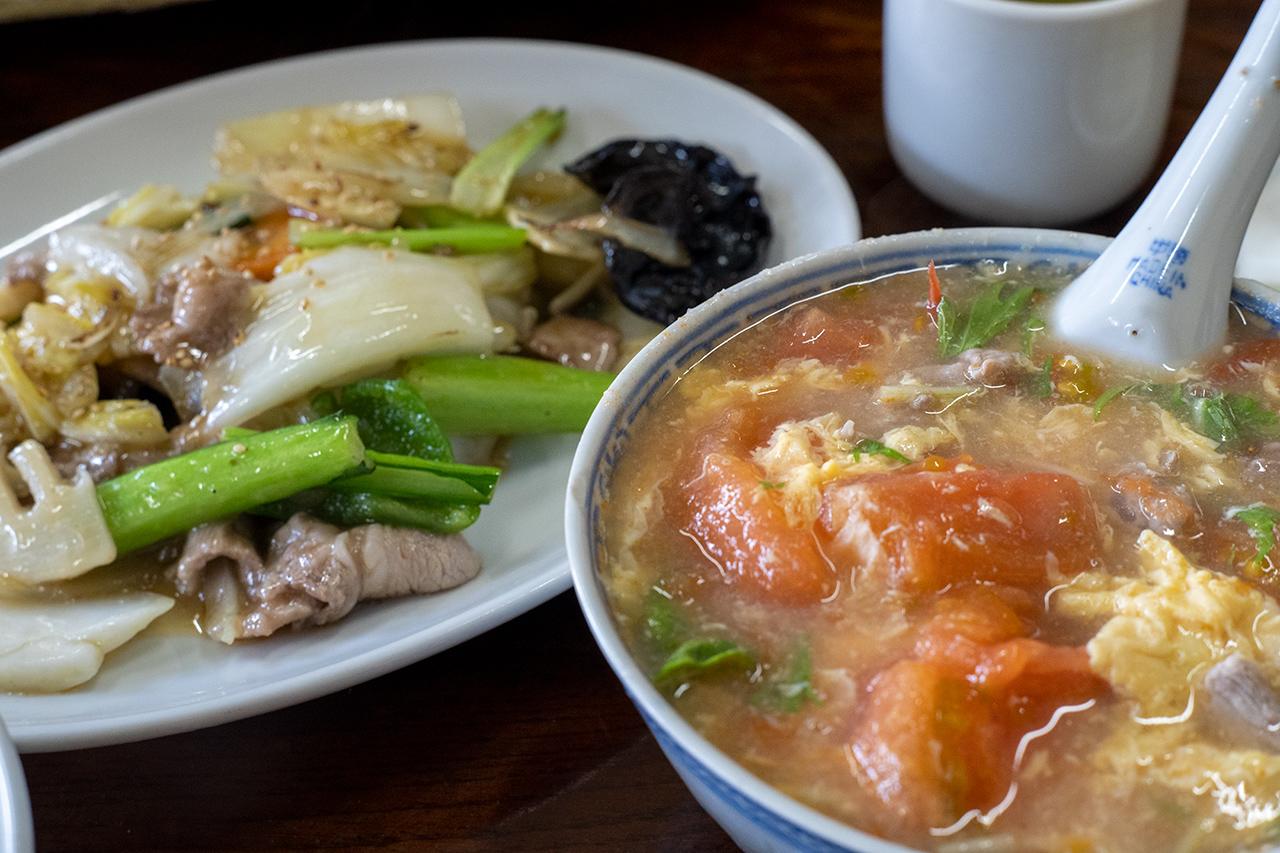 本牧〈華香亭本店〉のトマトスープ