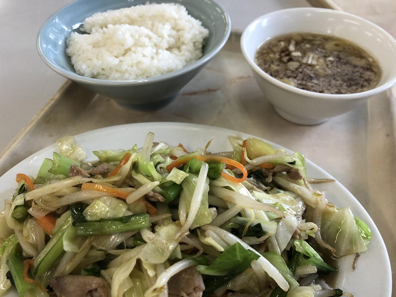 波止場食堂出田町店の肉野菜炒め