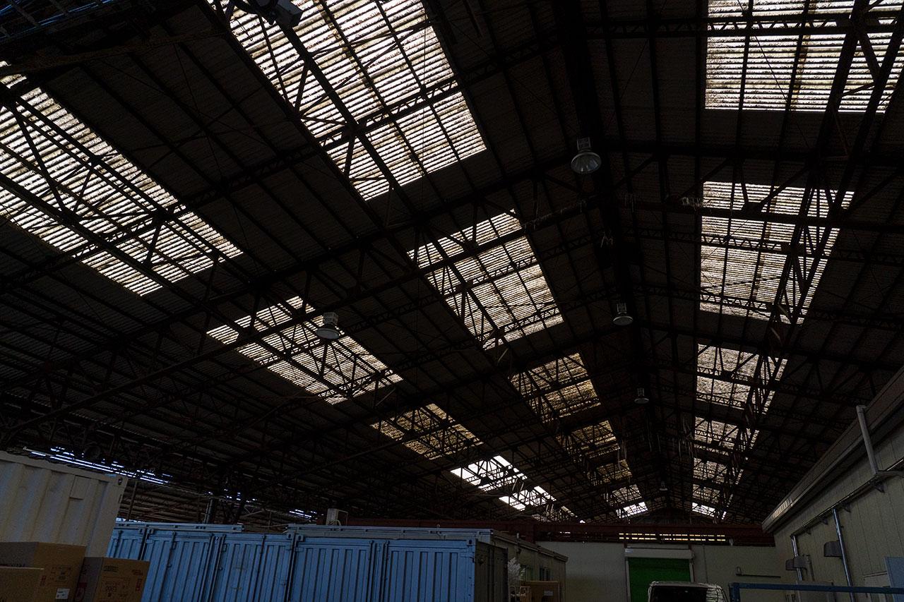 川崎幸市場の大天井