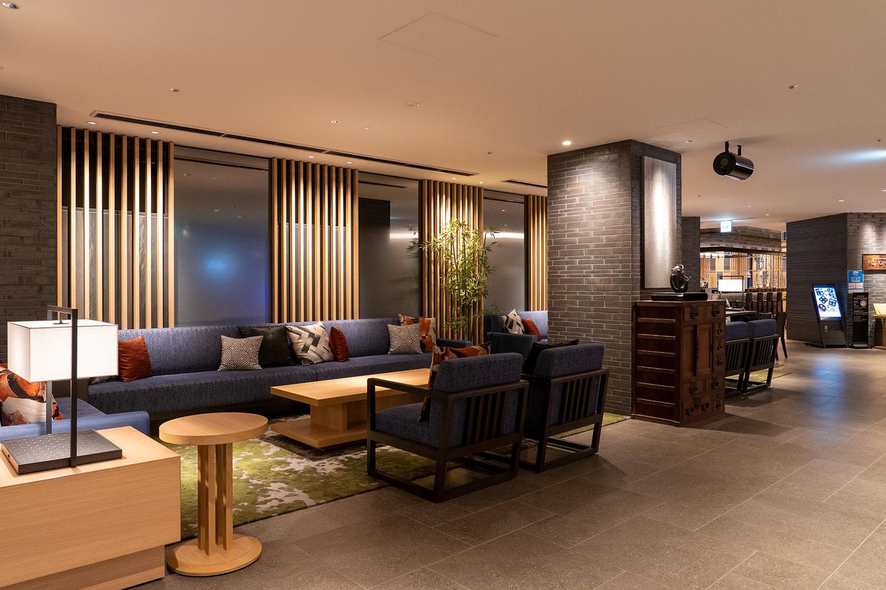 リーガグラン京都3階ロビー