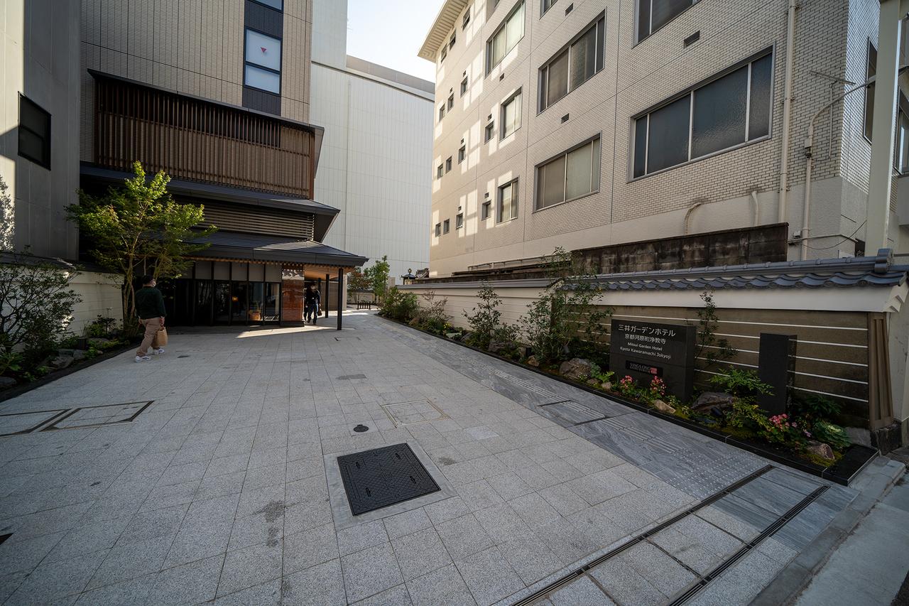 三井ガーデンホテル京都河原町浄教寺エントランス