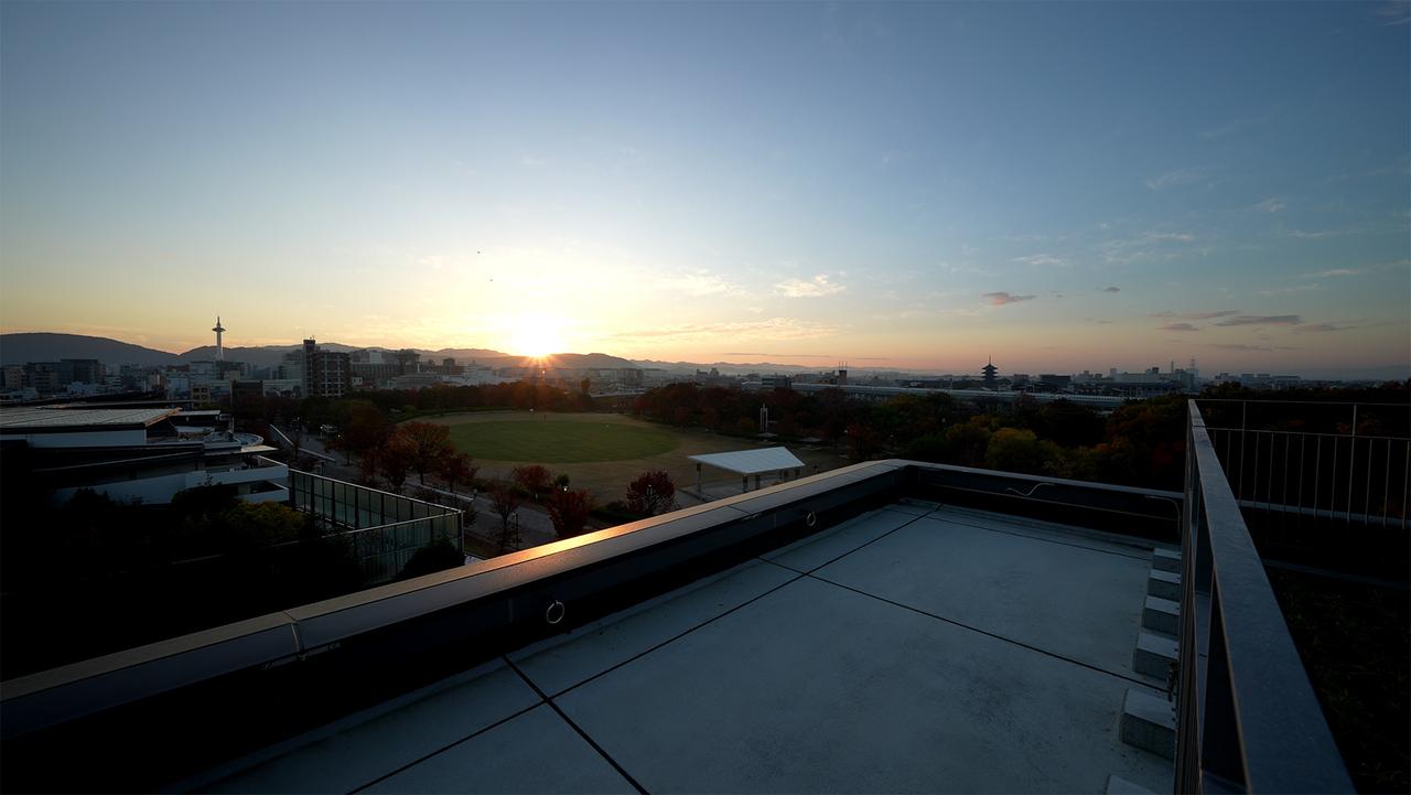 梅小路ポテル京都のルーフトップテラスからの眺め