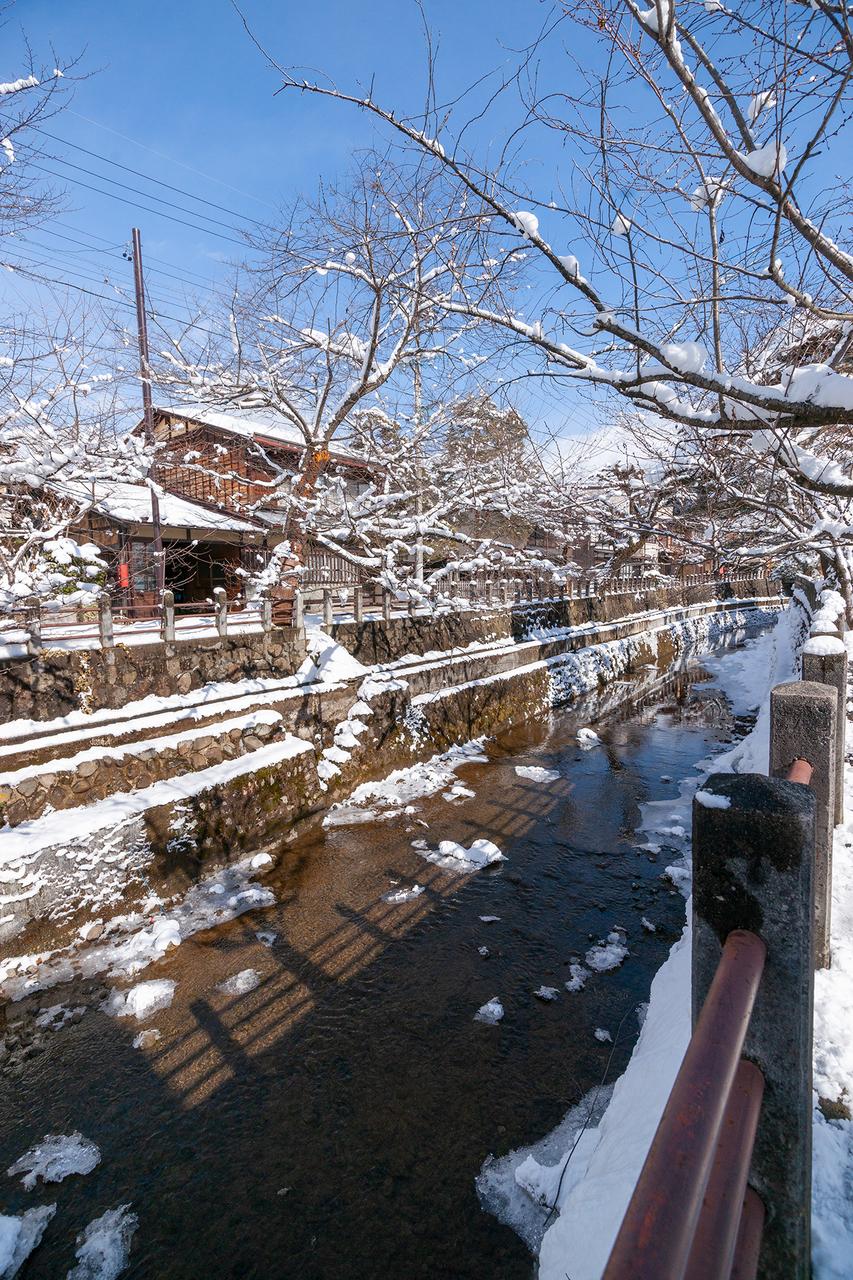 雪景色の江名子川