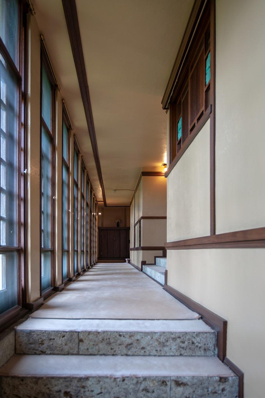 ヨドコウ迎賓館3階廊下