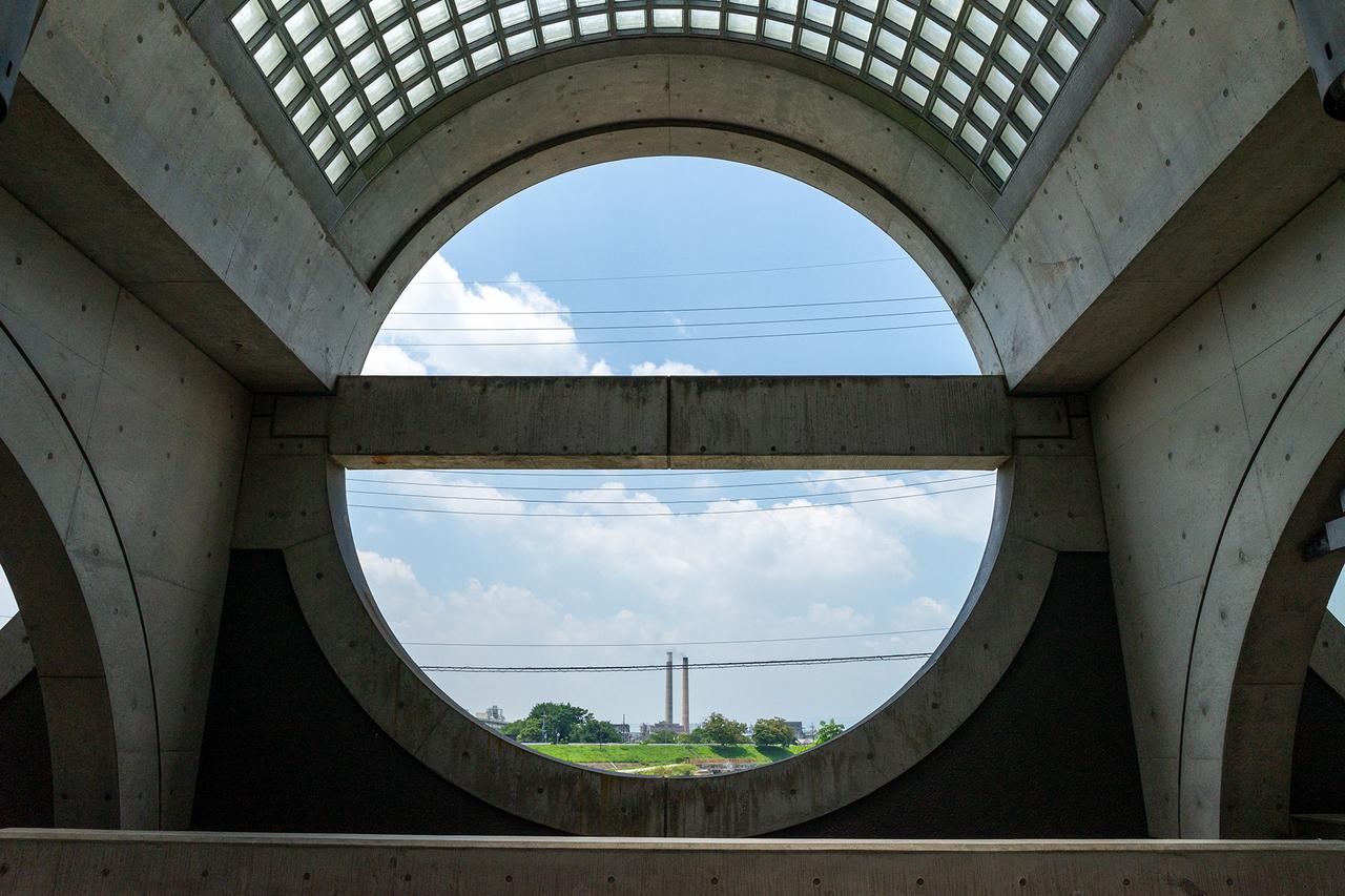 京阪宇治駅の丸窓