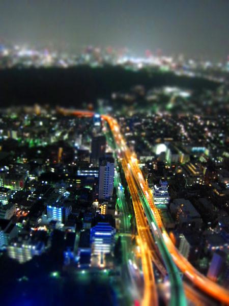 100706 カメラのジオラマモード撮影、ミニチュア的風景 (於 新宿)